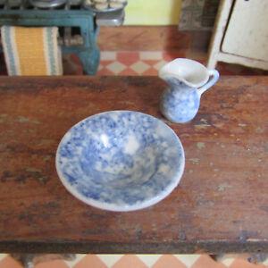 Dollhouse-Artisan-Made-SPONGEWARE-BOWL-amp-PITCHER-Blue-Ceramic-Artist-Signed-034-Mc-034