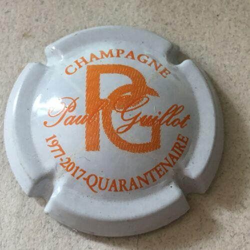 6b. Blanc et orange 40 ans Capsule de champagne GUILLOT Paul