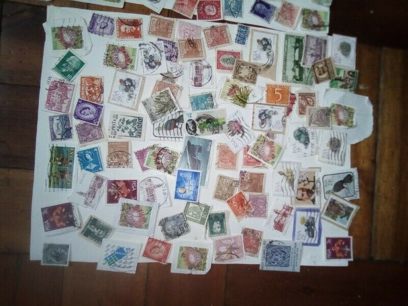 MIXED WORLD STAMP LOT 4