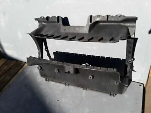 2003 - 2010 PORSCHE CAYENNE S 4.8L AIR DUCT COOLER RADIATOR GUIDE SUPPORT OEM