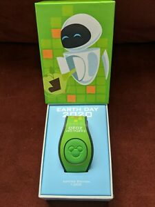 Wall-E-Earth-Day-2020-LE1000-MagicBand-Disney-Parks-NEW-AND-UNLINKED