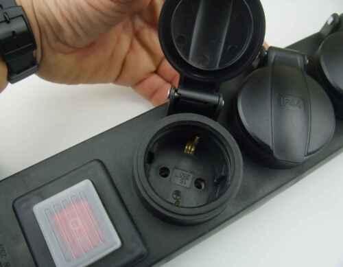 10 Stück 6-fach Außen Schuko Steckdosenleiste mit beleuchtetem Schalter IP44