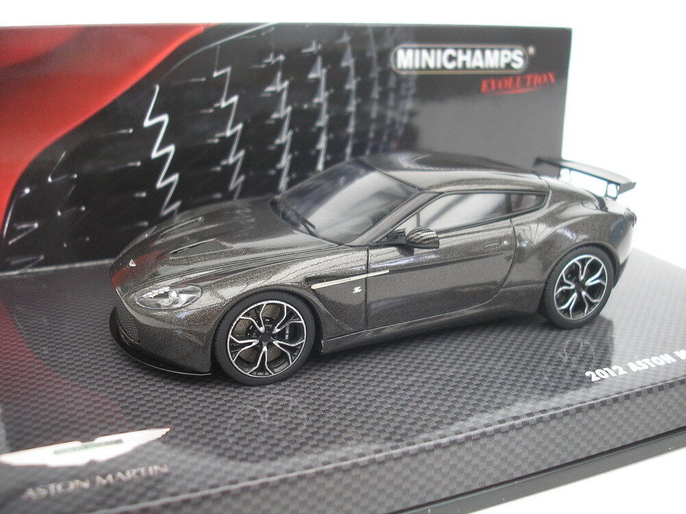 Aston Martin v12 Zagato 2012 Scintilla plata 1 43 Minichamps 437137221 nuevo
