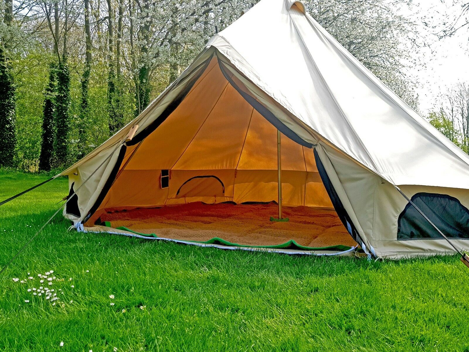 360 GSM 4m Canvas Bell Tent With Zipped In Groundsheet Large Family Tents