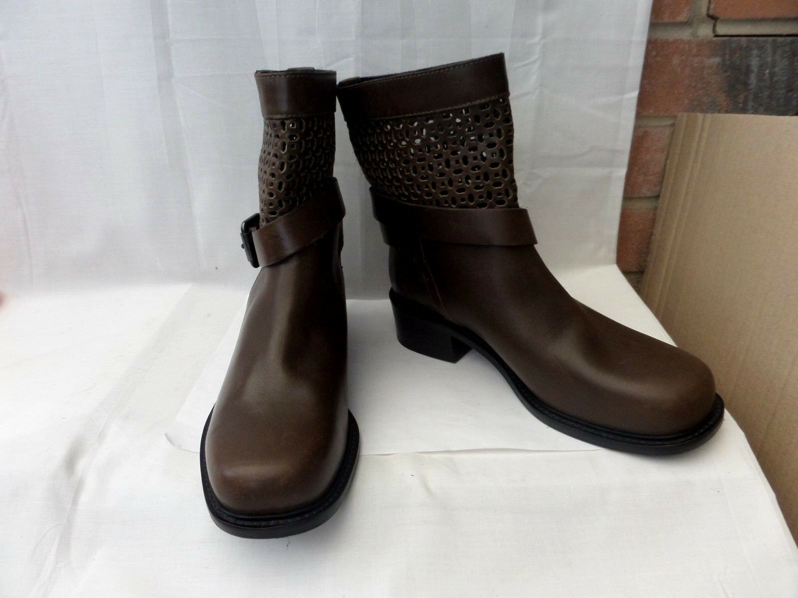 & OTHER STORIES   38 Khaki Brown leather ankle boots 1.5  heel VGC RRP