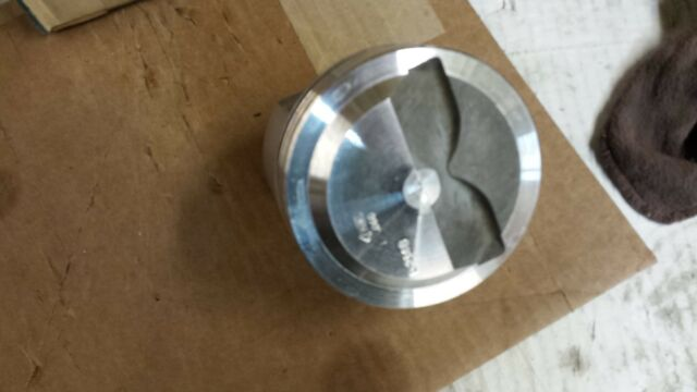 L2148F TRW FORGED PISTON 283 CHEVY RIGHT SIDE PISTON DOME .060 OVER