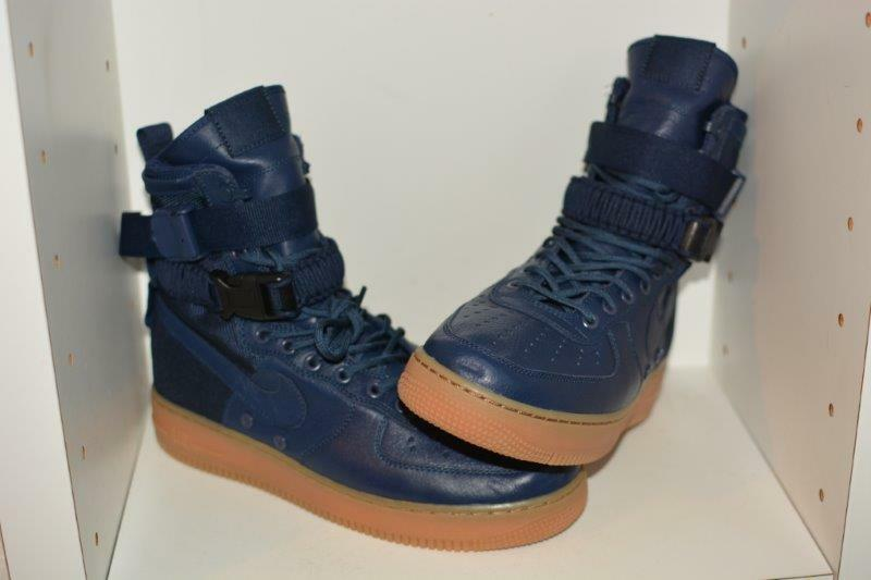 NIKE SF AIR FORCE 1 HIGH MENS SHOES -  MENS SIZE 9