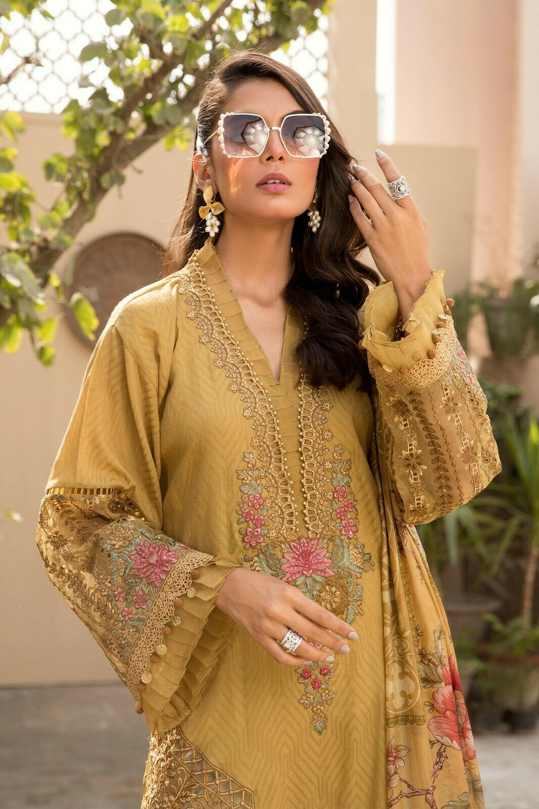 Maria B Lawn Embroidered Collection Original Unstitched 2021!!