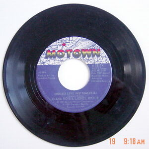 ONE-1981-039-S-45-R-P-M-RECORD-DIANA-ROSS-amp-LIONEL-RICHIE-ENDLESS-LOVE-VOCAL