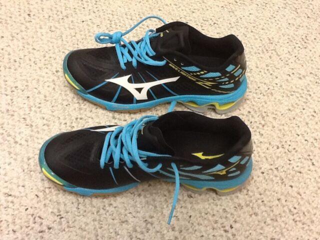 mizuno womens running shoes size 9.5 navy