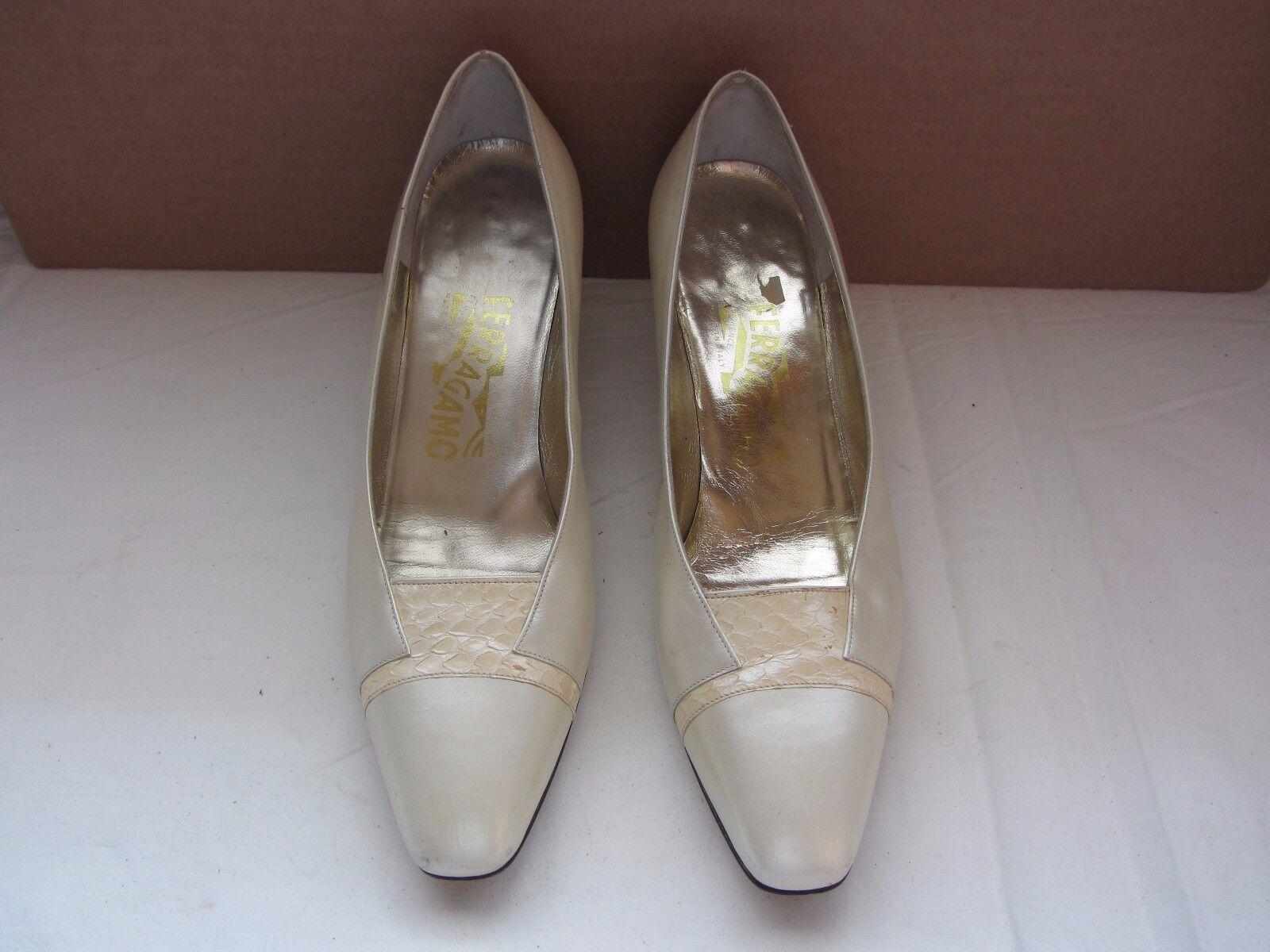 Women's Salvatore Salvatore Salvatore Ferragamo  Classic Pumps shoes Size 7 1 2 AA be3cdf