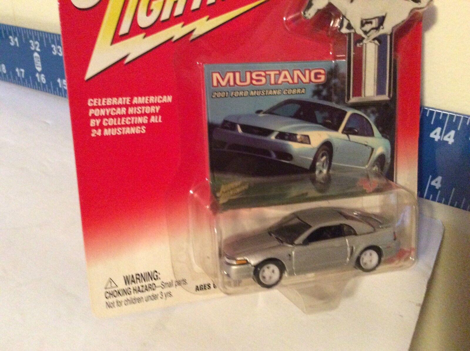 Johnny Fulmini 2001 Ford Mustang Cobra Jl 1 64 Bianco Telaio argentoo 2002