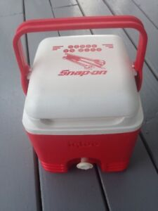 Charmant Snap On Tools Cooler Red And White Igloo Cooler Jug With Spigot
