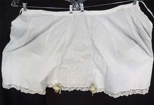 ANTIQUE-VICTORIAN-EDWARDIAN-HAND-EMBROIDERED-WHITE-COTTON-BLOOMERS-SZ-S-M