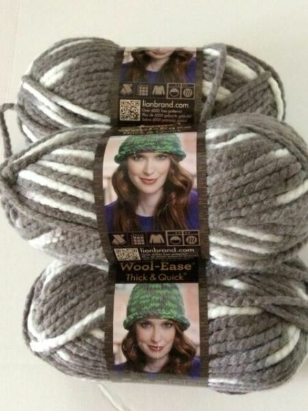 1 Wool-Ease~Chunky~ Lion Brand Yarn~153 yds-5oz~Acrylic//Wool~Grass