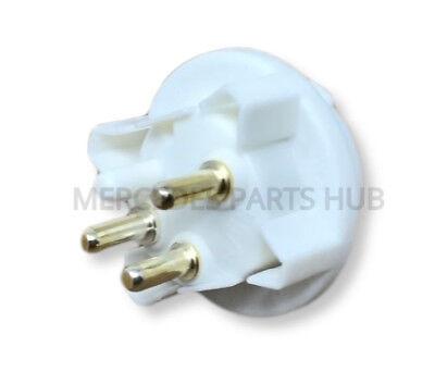 Turn Signal Lamp Socket Front URO Parts 0008269582