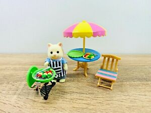 Sylvanian-Families-Garden-Barbecue-BBQ-Set-Table-Chairs-Maurice-Chantilly-Cat