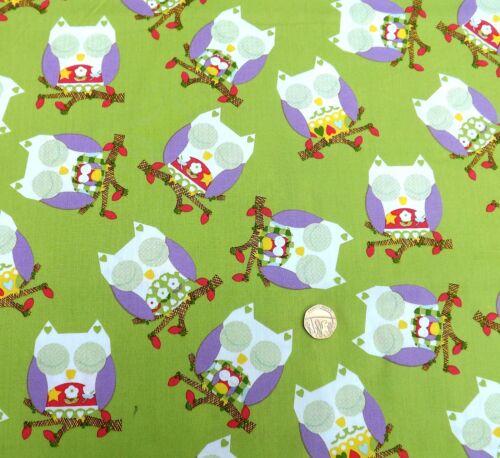 Owls on Bright green fabric 1 metre x112 cm JL 89571 100/% Cotton