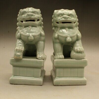 "6.3/""Chinese Jingdezhen Blue White Porcelain Foo Fu Dog Guardion Lion Statue Pair"