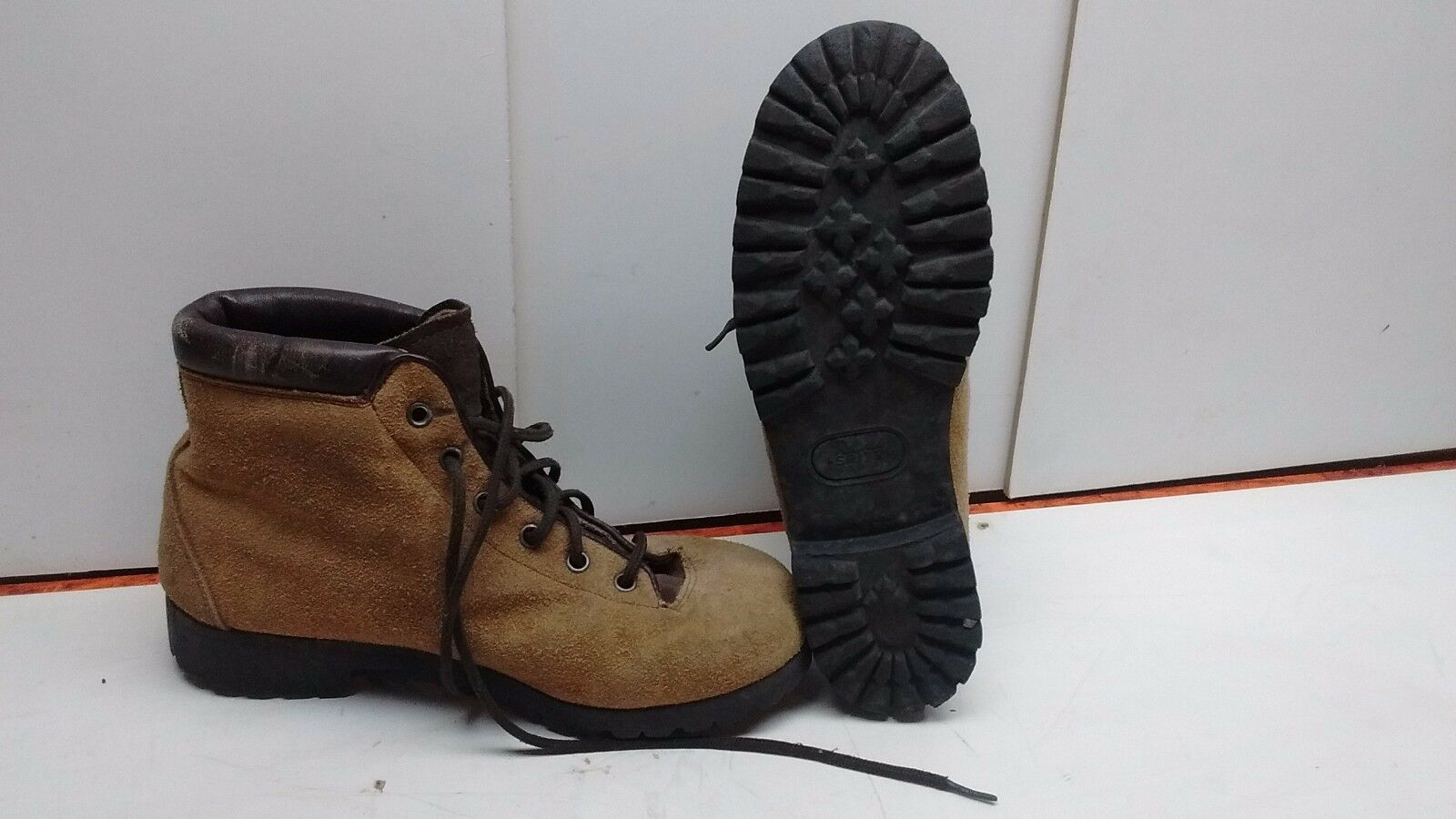PATONS SPITZ Size 9M Brown Leather Ankle Boot Mountain Toppers Hiking shoes Women
