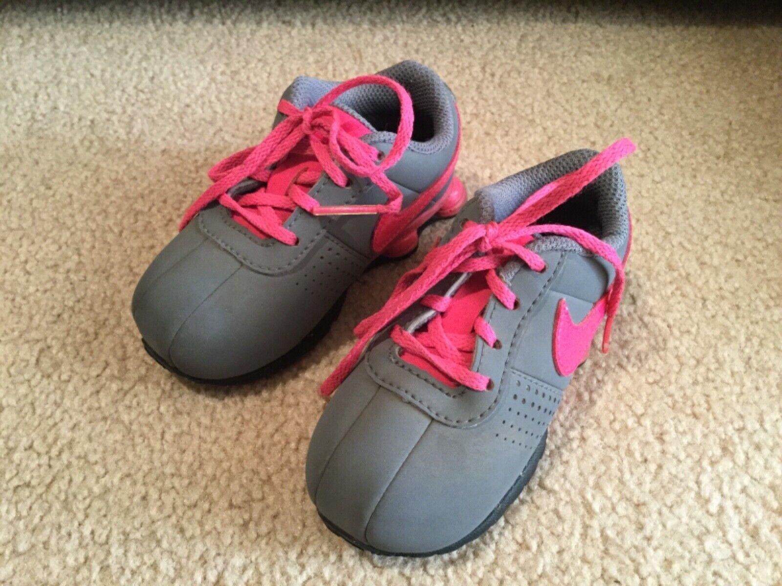 Nike Toddler Baby Girls T Run 4 Size 3c