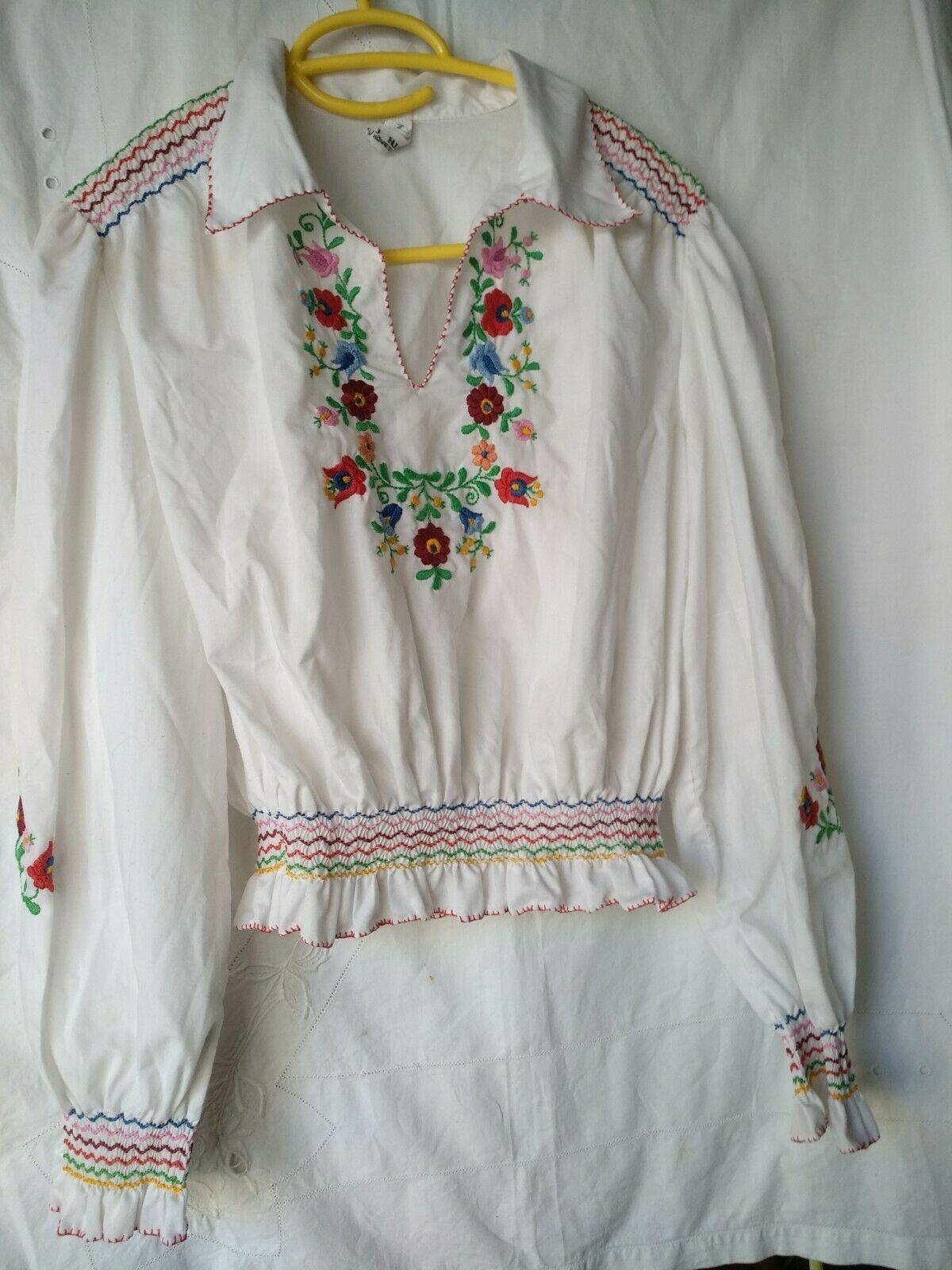Vintage Ethnic Hungarian Hand Embroidered Floral … - image 3
