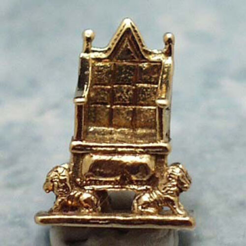 14k gold vintage ROYAL CORONATION CHAIR charm ENGL