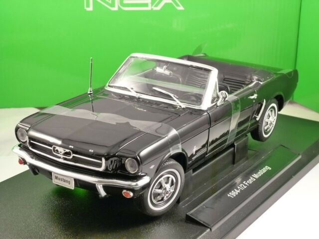 1964 FORD MUSTANG CONVERTIBLE in Black 1/18 scale model by WELLY