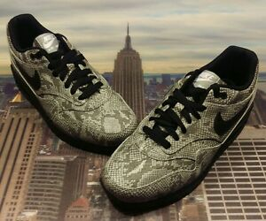 pretty nice 5a4a2 fe99f Image is loading Nike-iD-Womens-Air-Max-1-Premium-Snakeskin-