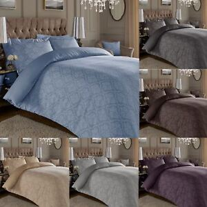600-Thread-Count-Jacquard-Cotton-Rich-Damask-Duvet-Cover-With-Oxford-Pillowcases