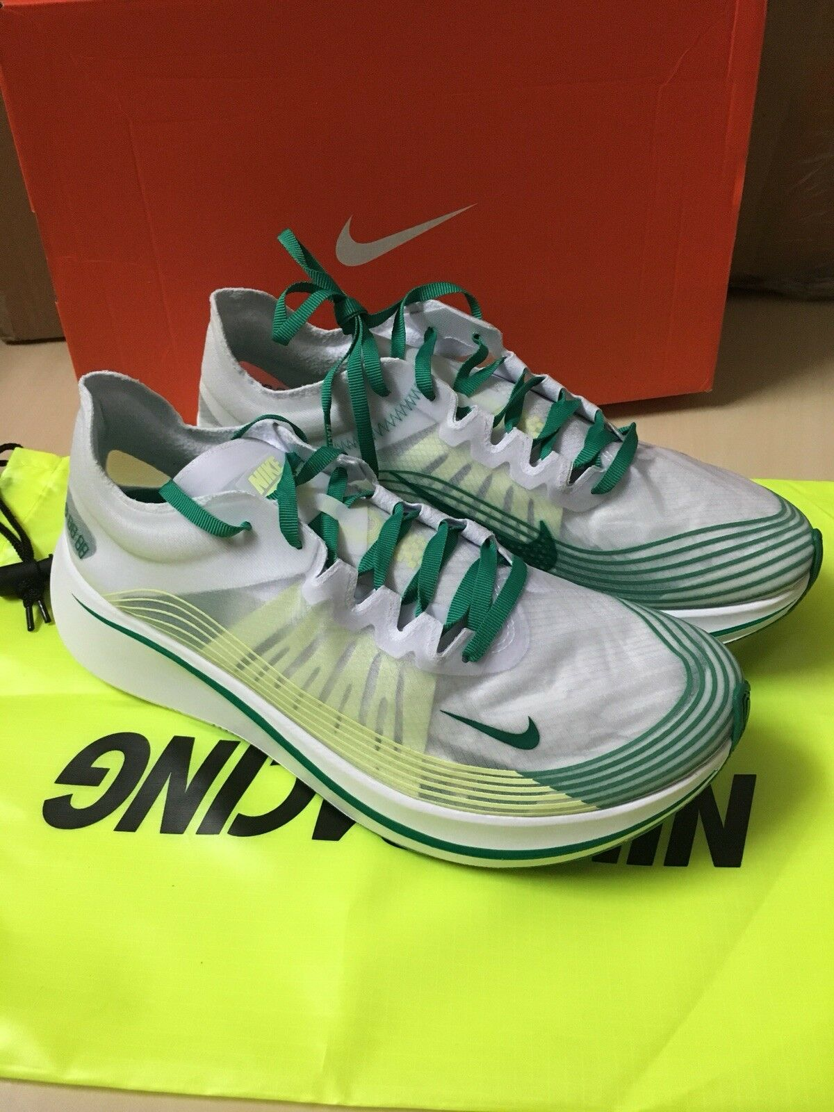164368c9d9f3 ... New Men s Fly Nike Zoom Fly Men s SP US 12 Hong Kong White Lucid . ...