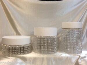 support de g teau style chandelier de cristaux diamante effet cascade 6 niveaux ebay. Black Bedroom Furniture Sets. Home Design Ideas