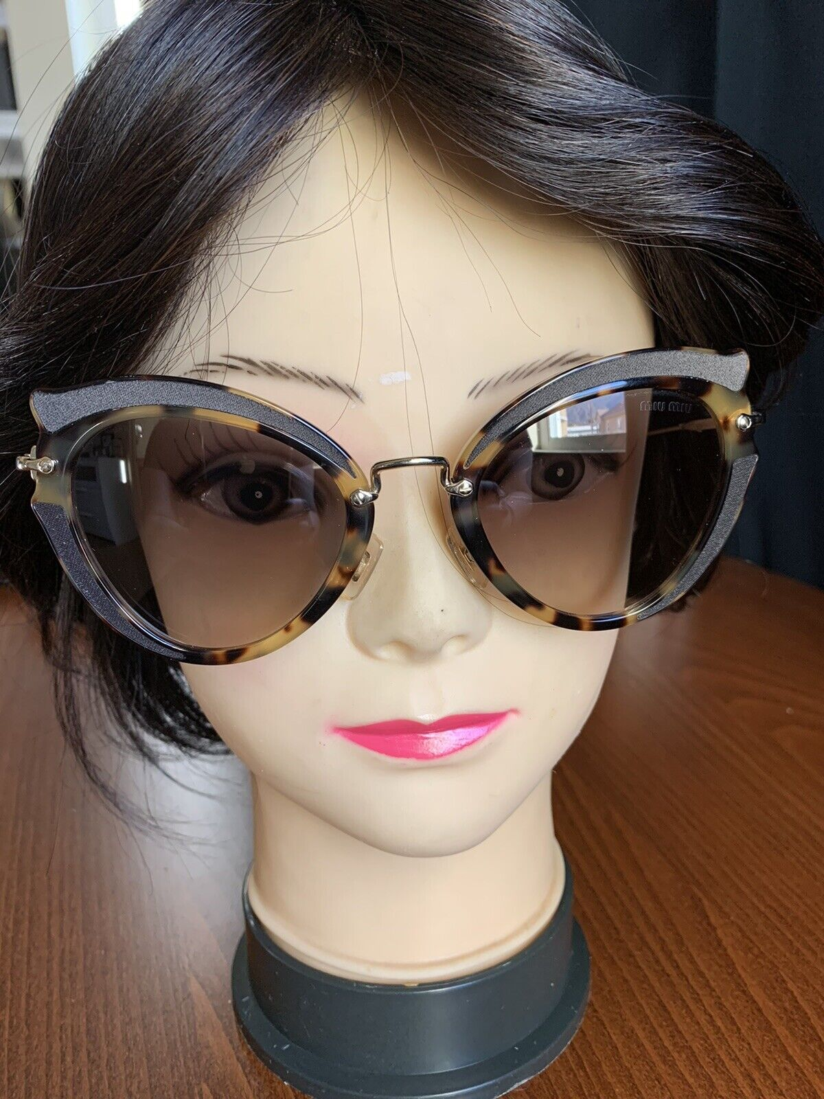 Authentic MUI MUI BROWN and gold amber light Havana SUNGLASSES only, Women 💓