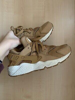 Nike Air Huarache cammello