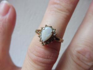Sehr-schoner-alter-Ring-925-Silber-vergoldet-mit-Opal