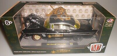 "1957 CHEVROLET 210 HARDTOP /""WEIAND/"" BLACK 1//24 DIECAST MODEL CAR M2 40300-73 A"