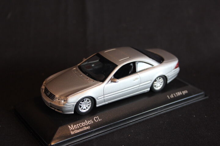 Minichamps Mercedes-Benz CL Coupé 1999 1 43 Brillantsilver (JS)