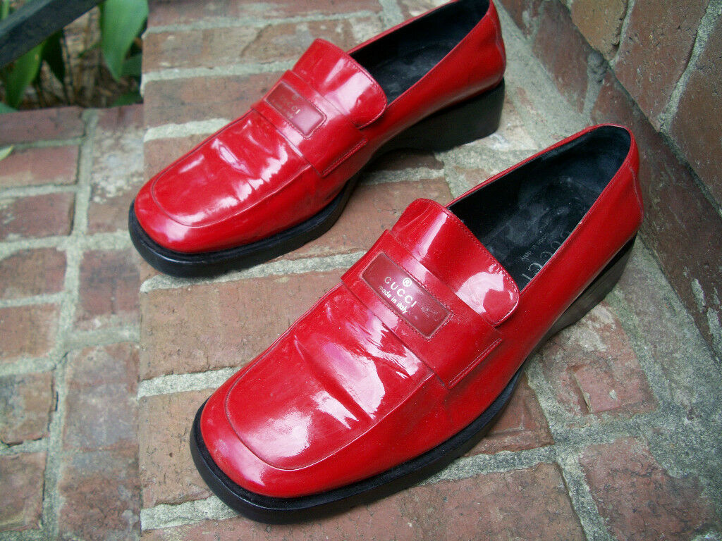 AUTHENTIC VINTAGE GUCCI LIPSTICK RED SHINY PATENT… - image 4