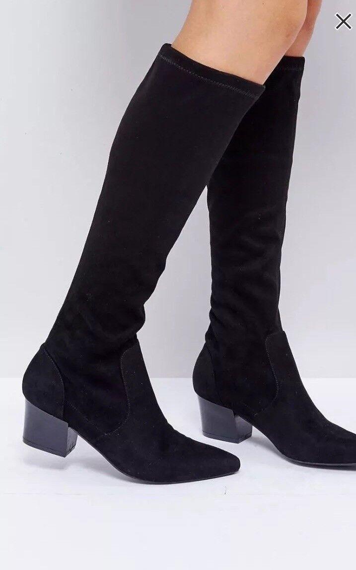 Womans ASOS Black Knee Boots  Mid Block Heel Size 8
