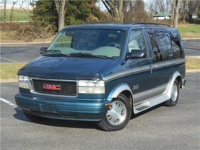 2000 GMC Safari RV CONVERSION VAN ONLY 86K MILES CLEAN CARFAX