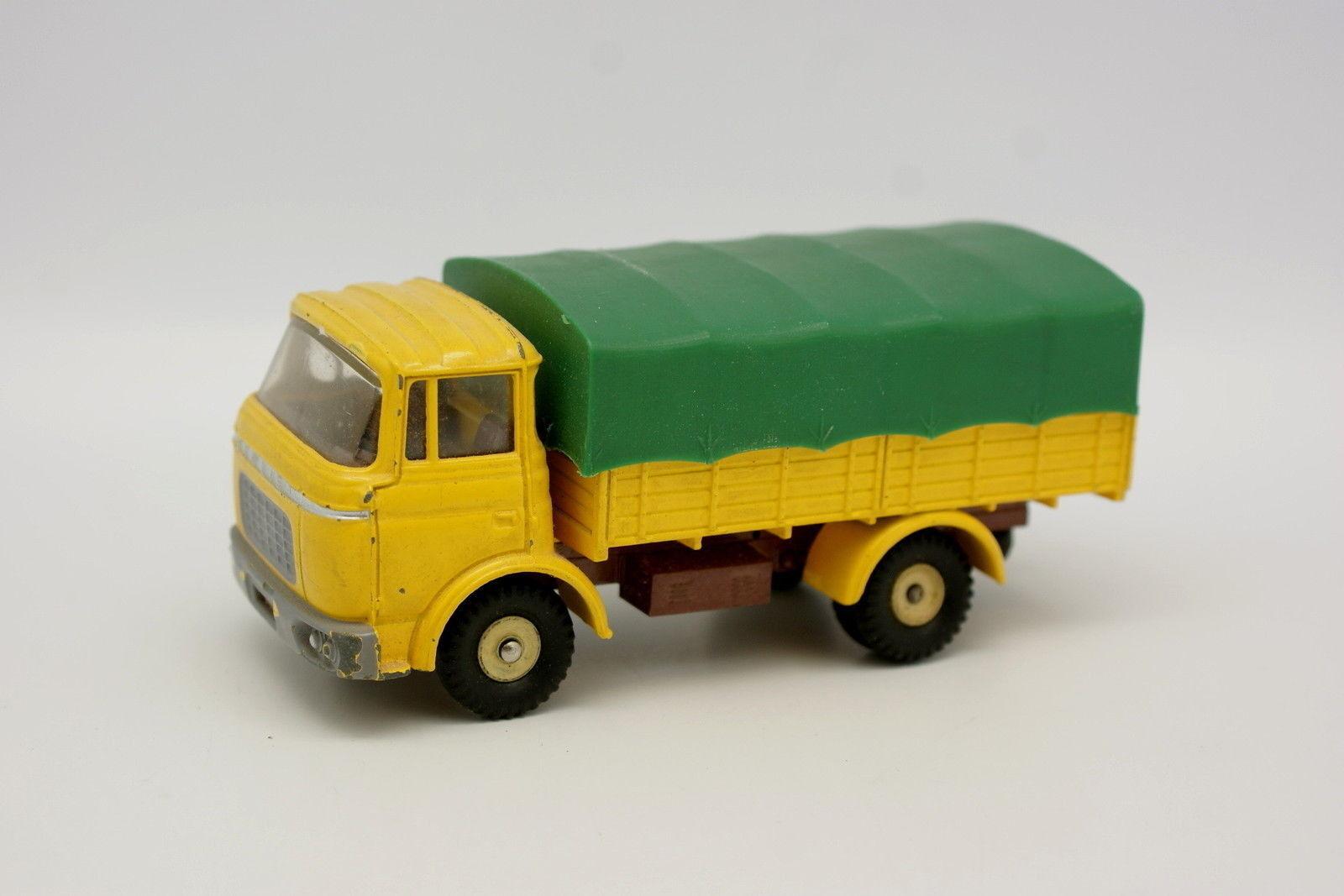 Dinky giocattoli Francia 143  Berliet Gak Coperto 584