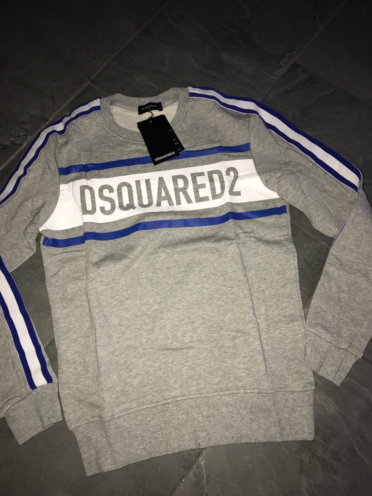 Dsquared  X-Large Grey Sweatshirt with Stripes on Shoulder Slim Fit (UK Large).
