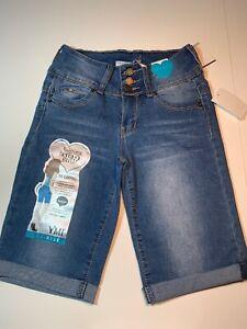 YMI-Wanna-Betta-Butt-Juniors-Mid-Rise-Denim-Bermuda-Shorts-Size-1-New-With-Tags