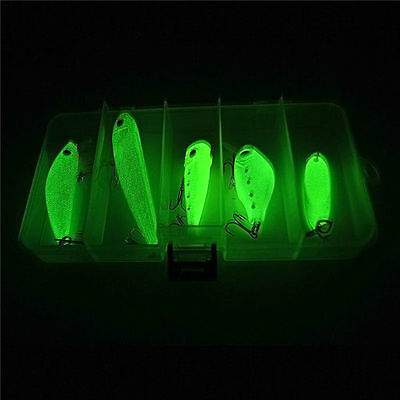 5 Glow Fishing Lures Bait Hook Set CrankBait Lure Bass Tackle Minnow Eye Fish