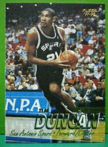 Tim Duncan rookie card 1997-98 Fleer #201