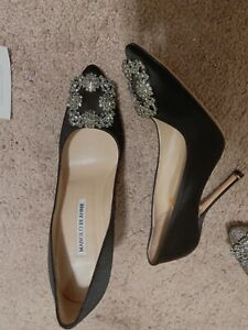 MANOLO-BLAHNIK-HANGISI-105-mm-Black-SATIN-CRYSTAL-SIZE-6-5-US-36-5-EU