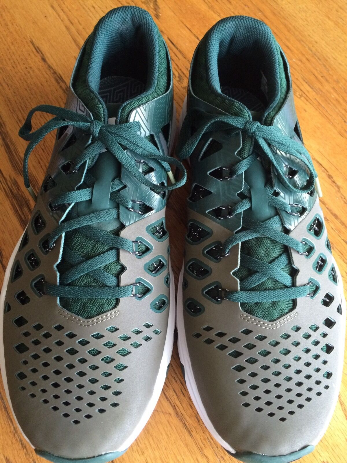 Michigan State Spartans Nike IDs Train Speed 4 AMP Size 10.5 Men's NEW