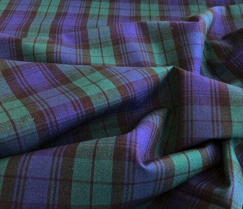 Fabric by the Metre ~ Navy Blue /& Green Tartan Check  ~ 100/% Cotton Craft Fabric