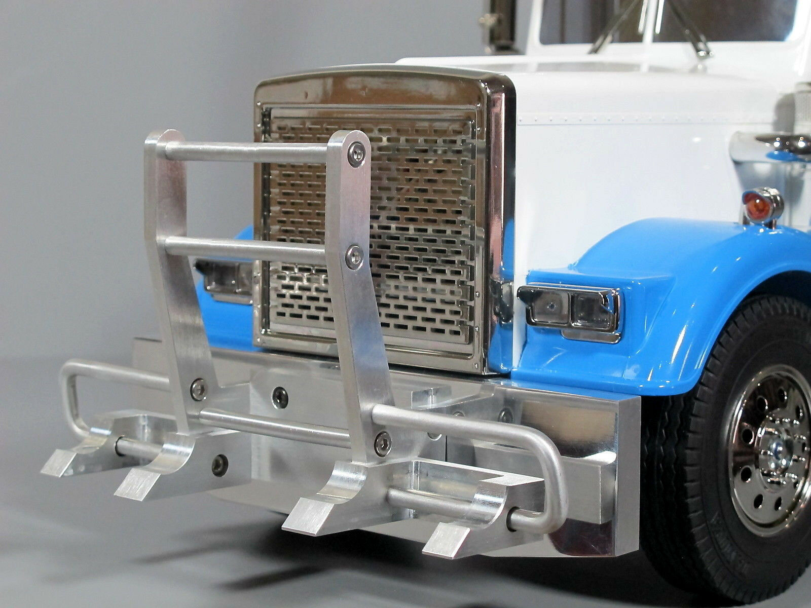 Projoector de gancho de aluminio delantero + Parachoques Tamiya R C 1 14 Grand Hauler King Globeliner