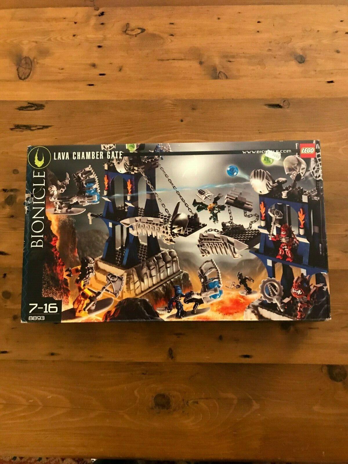Nuevo 8893 Lego Bionicle Lava Chamber Gate Nuevo pero lastimado Caja
